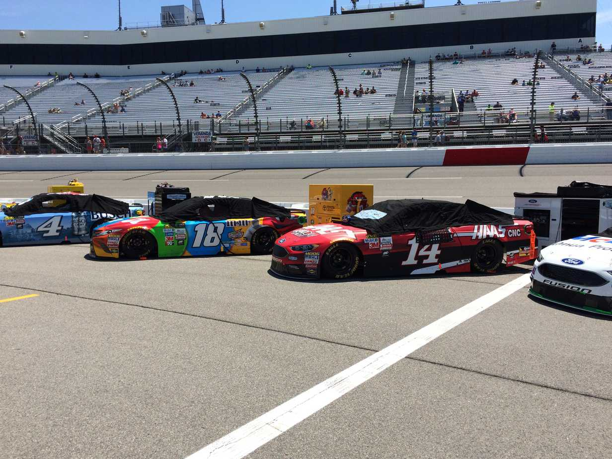 Cars Lining up on Pit Road