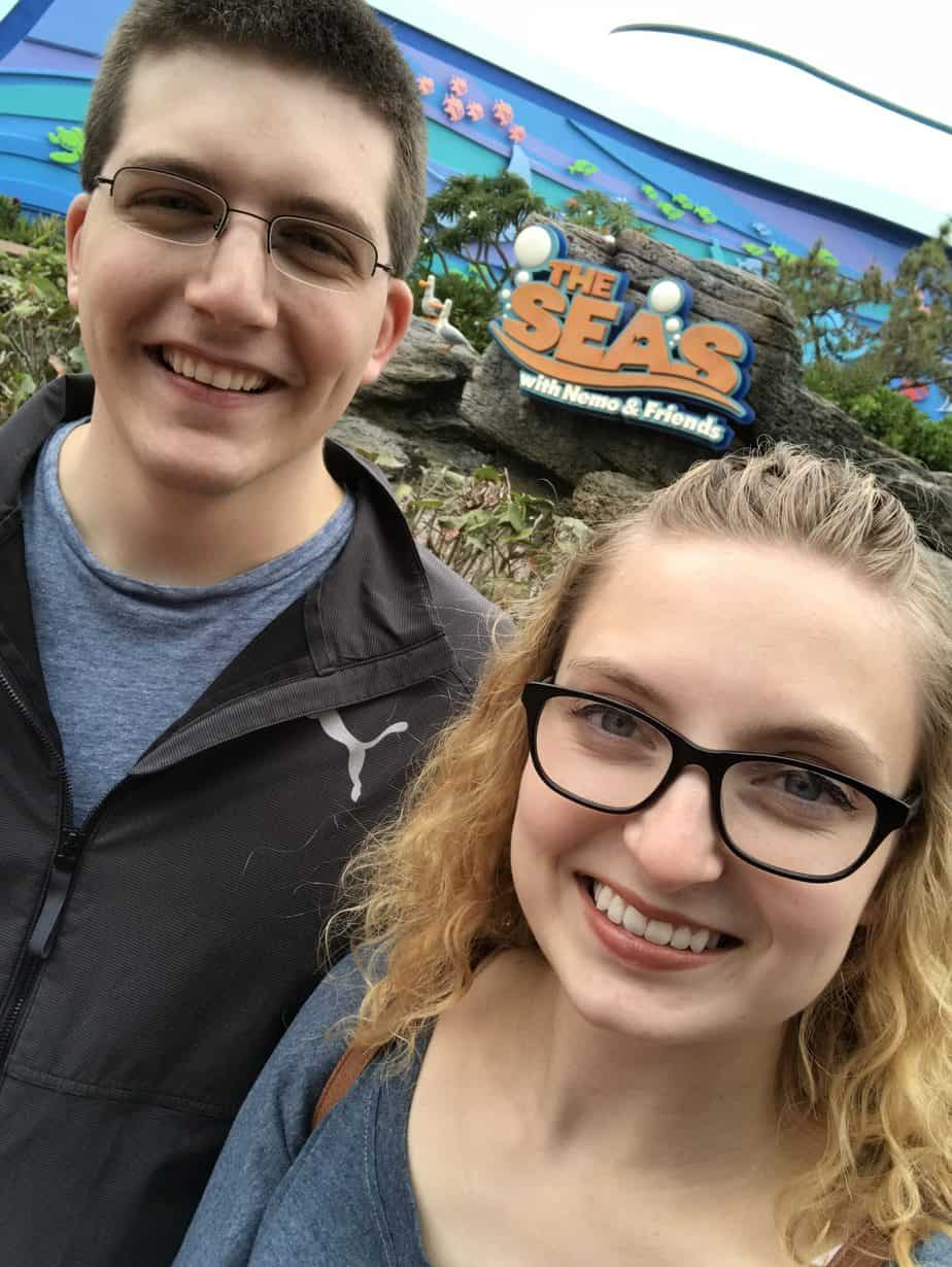 Pre-engagement Selfie at the Seas